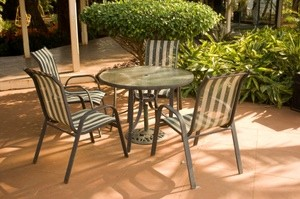 Thrifty Ways to Clean Up and Repair Your Patio Furniture