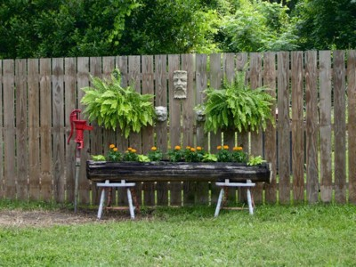 Garden: Old Log Planter