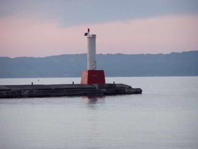 lighthouse300x278.jpg