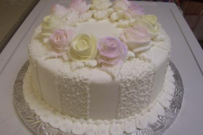 RE: Urgent Wedding Cake Decorating Ideas Needed!