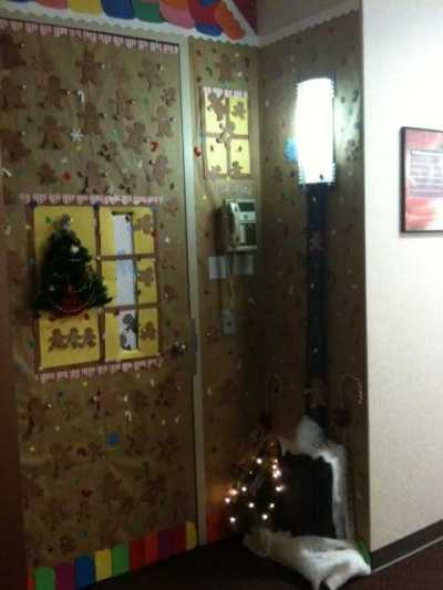 Innovative Office Christmas Door Decorating Contest Ideas
