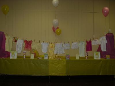 Baby shower clothesline thriftyfun for Baby shower clothesline decoration