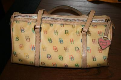 RE: Stains on a Dooney and Bourke Purse