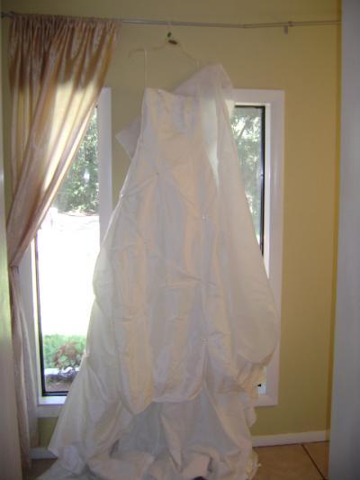 Used Wedding Dress