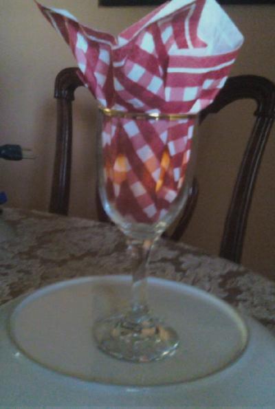 wine glass wedding centerpiece ideas