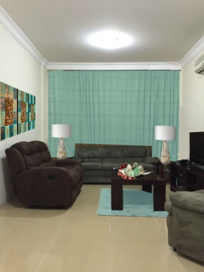RE: Living Room Curtain Color Advice