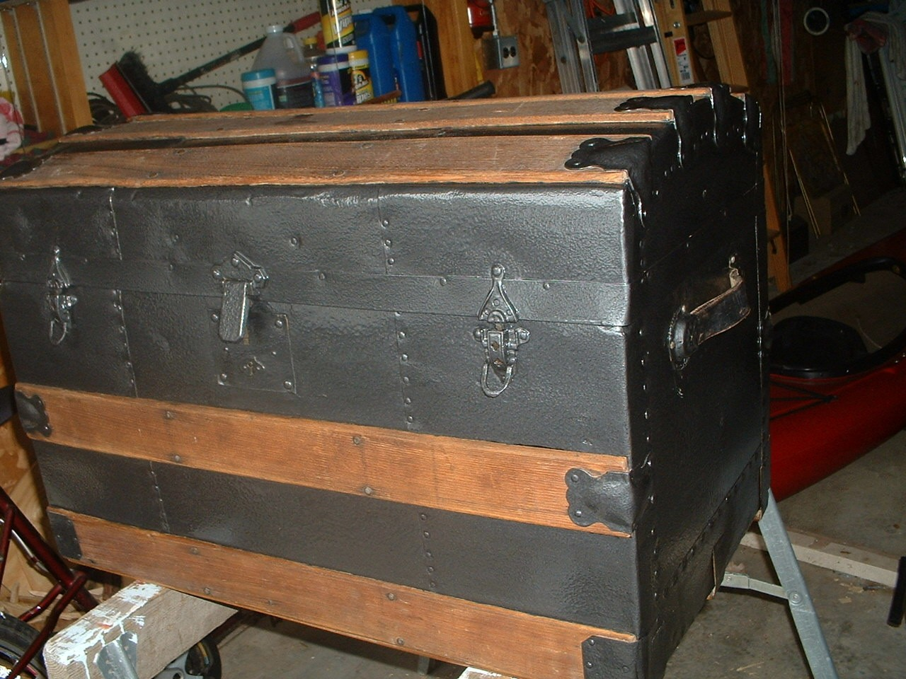 RE: Restoring a Steamer Trunk