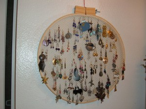 Photo of an earring holder