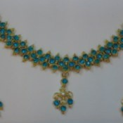 beaded pendant necklace and matching earrings