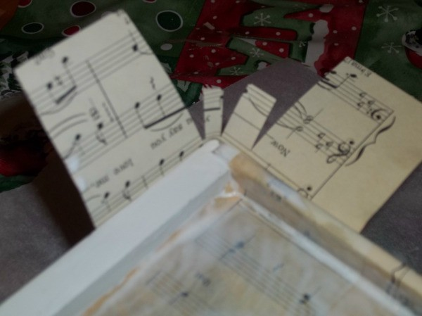 wrapping sheet music up around sides of drawer