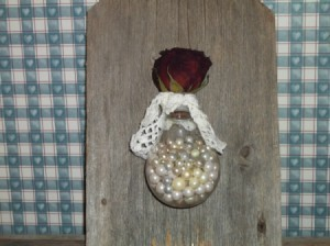 finished bulb filled with beads