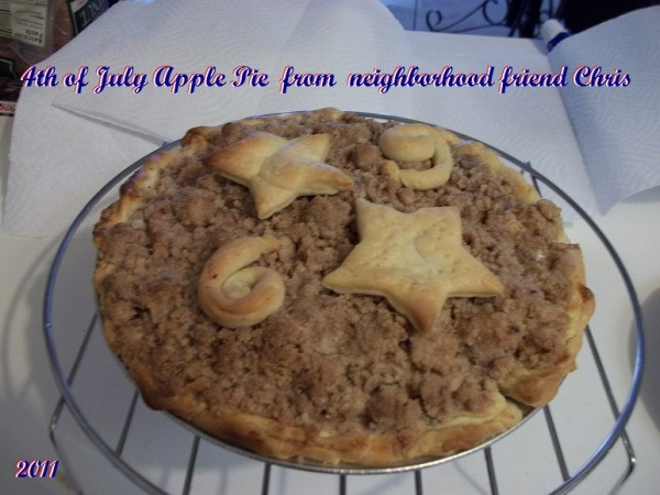 A hot apple pie for the 4th of July