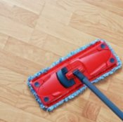 Cleaning Laminate Flooring, Red dry mop cleaning laminate floors