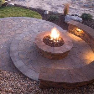 Building a Fire Pit in Your Backyard, backyard fire pit
