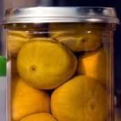 Figs preserved in a jar.