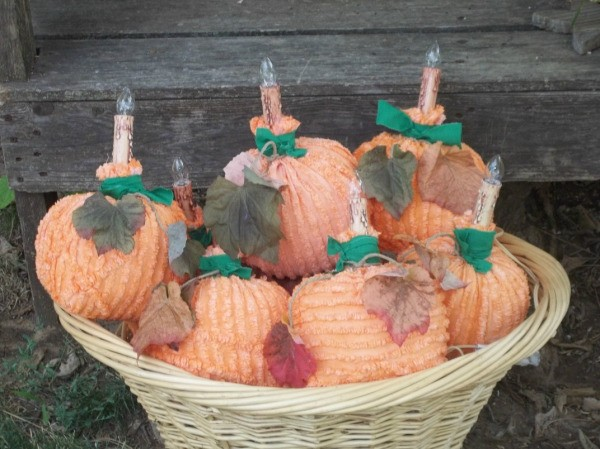 Fabric Pumpkin Lights in a Basket