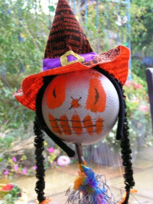 Crazy Heads, a halloween craft project