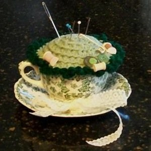 Crochet top pin cushion, a craft found on Thriftyfun. Submitted by a member.