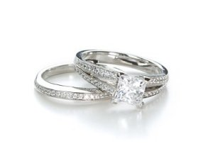 Photo of a diamond ring set.