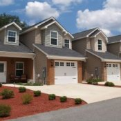 Finding a Good Retirement Community, Houses in a retirement community.