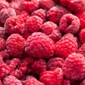 A pile of fresh raspberries.
