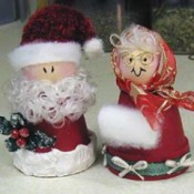 Photo of Mr. and Mrs. Claus made with clay pots.