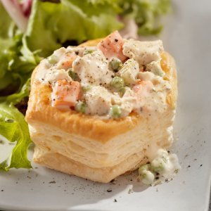 Chicken a la King in puff pastry shell