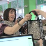Avoid Compulsive Holiday Spending, Woman Shopping