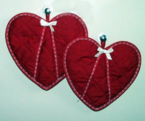Heart Shaped Oven Mits