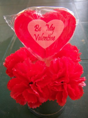 Lollipop with carnations.