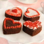 Decorated brownie hearts.