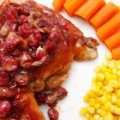 cranberry chicken with corn and carrots.