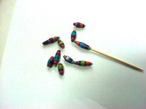 Making Paper Beads 3
