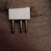 Three prong electric blanket connector.