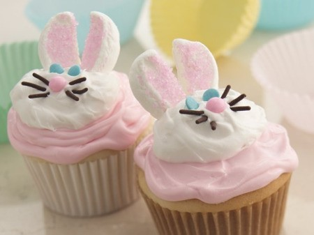 Easter bunny cupcakes.