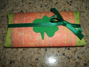 Finished gift tube.