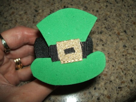 Leprechaun Hat Napkin Rings - Finished napkin ring.