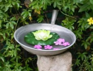 frying pan birdbath