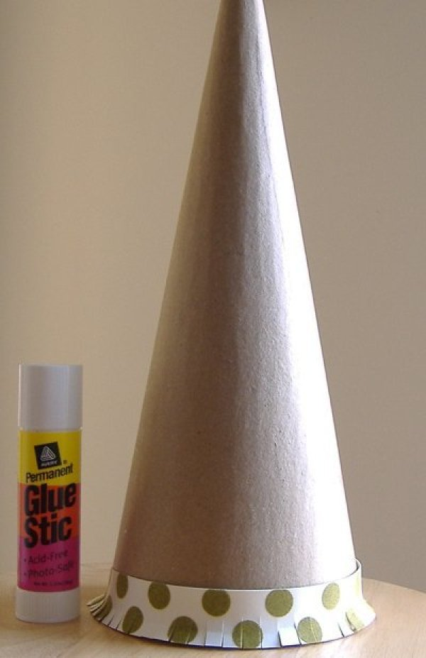 Paper Cone Christmas Tree 1