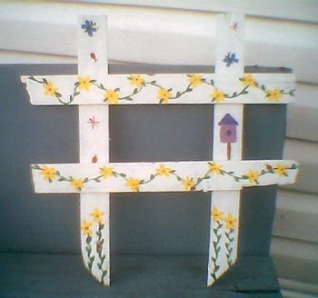 Painted lattice craft.