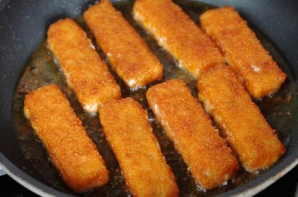 Homemade fish stick recipes thriftyfun for Healthy fish sticks