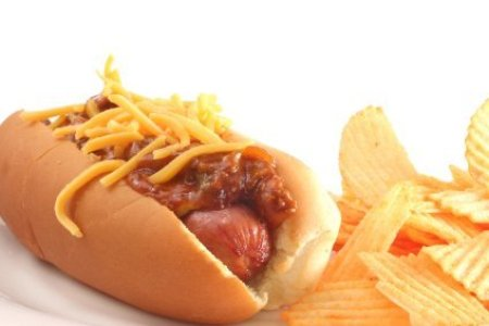 Chili Cheese Dog With Chips