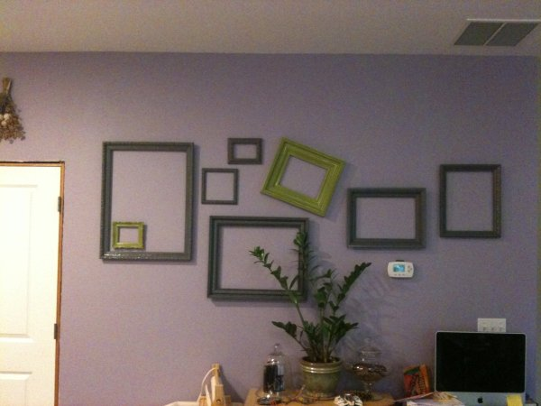 Decorating on a budget thriftyfun Decorate a large wall cheaply
