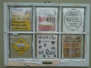 Crafts using old windows thriftyfun for Recycled window frames