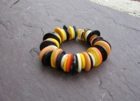 Halloween colored button bracelet.