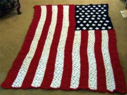Small American Flag Crochet Pattern : Stars and Stripes Granny Square Afghan ThriftyFun