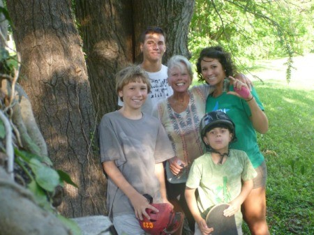 A family that just discovered their geocache
