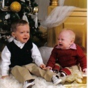 Christmas Photo Idea Crying Children
