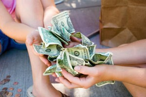 How Can Kids and Young Adults Make Money?