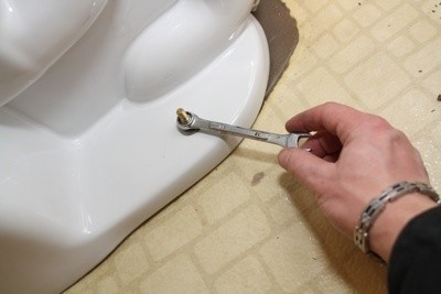 Tighten Floor Bolts Carefully